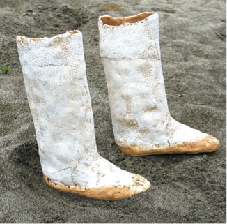 boots_in_sand